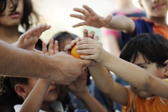 charity-giving-e1451420862790